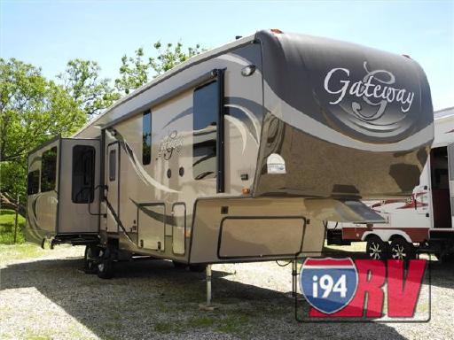 2014 Heartland Gateway 3500 RE in Russell, IL
