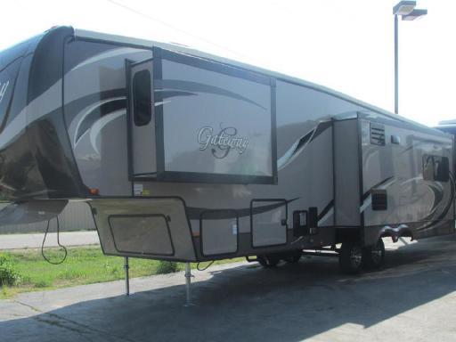 2014 Heartland Gateway 3500 RE in Long Prairie, MN